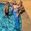 Britney Spears folgt dem Trend und posiert mit ihren Söhnen als Meerjungfrau