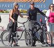 Kellan Lutz und Model Brittany Ward machen gemeinsam eine Fahrrad-Tour