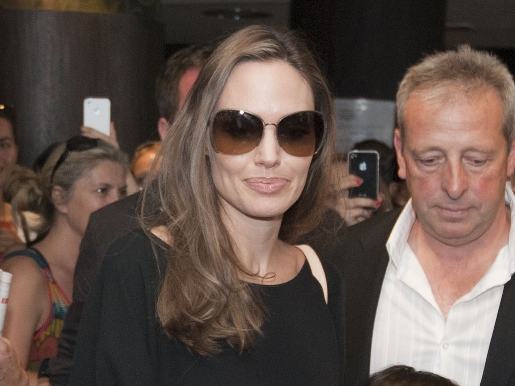 Angelina Jolie mit drei Kindern