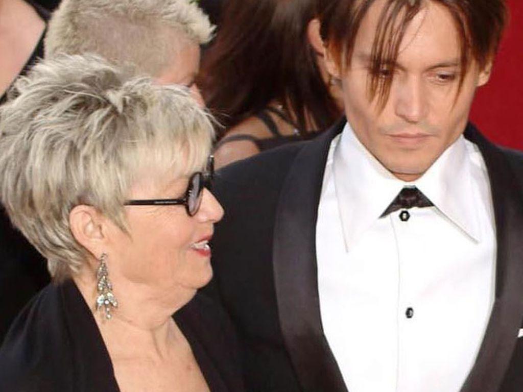 Johnny Depp und seine Mutter Betty Palmer