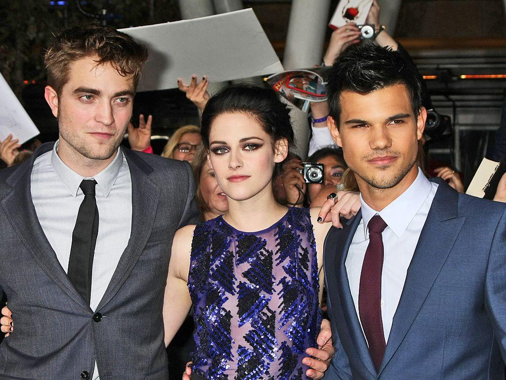 """Kristen Stewart, Robert Pattinson und Taylor Lautner bei der """"Breaking Dawn""""-Premiere"""