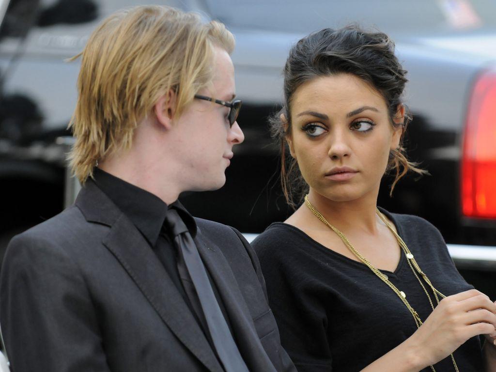 Mila Kunis und ihr Ex bei der Jackson-Beerdigung