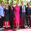 """Auch die Kollegen vom """"The Big Bang Theory""""-Set gratulierten"""