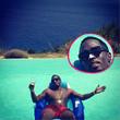 P. Diddy relaxt im Pool mit weißem Näschen
