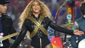 Beyoncé breitet die Arme aus