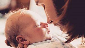 Gil Ofarim mit seinem Baby