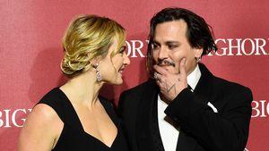 Johnny Depp herzt Kate Winselt