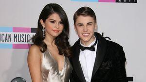 Justin Bieber und Selena Gomez auf dem roten Teppich