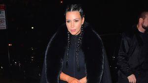 Kim Kardashian ganz in schwarz