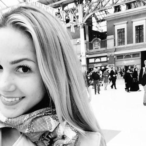 Angelina Heger ist wieder in London