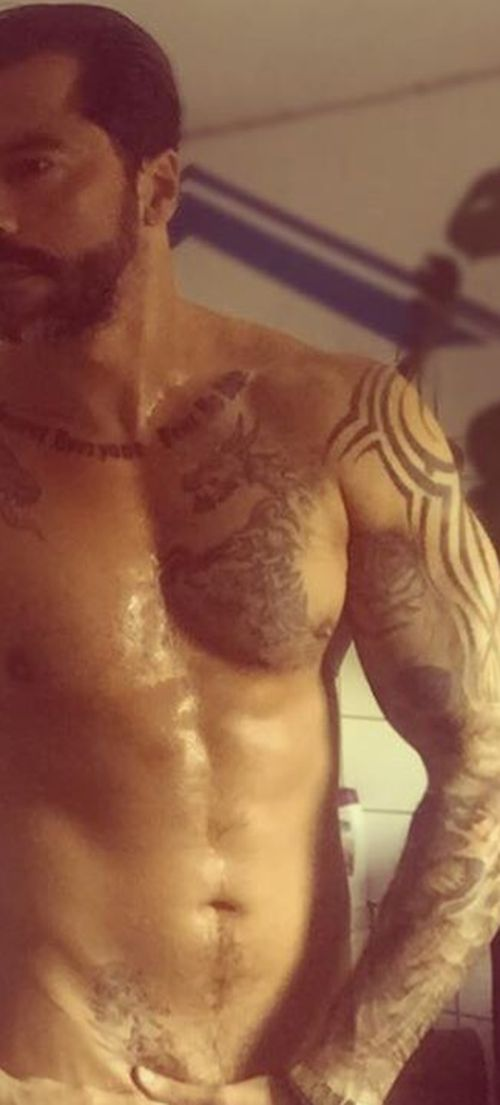 """Aurelio Savina postete ein nacktes Foto von sich auf """"Facebook"""""""