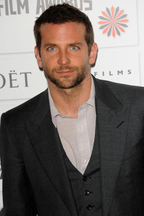 """Bradley Cooper findet seinen Titel als """"Sexiest Man Alive"""" furchtbar"""