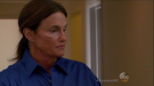 Bruce Jenner outete sich gerade im TV