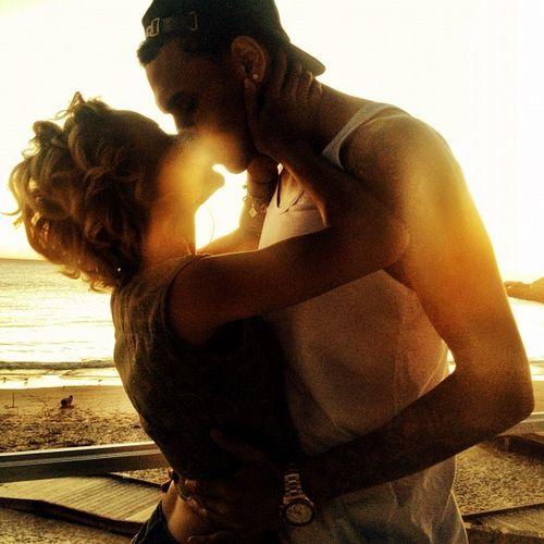 Chris Brown und Freundin Karrueche Tran veröffentlichten ein romantisches Foto