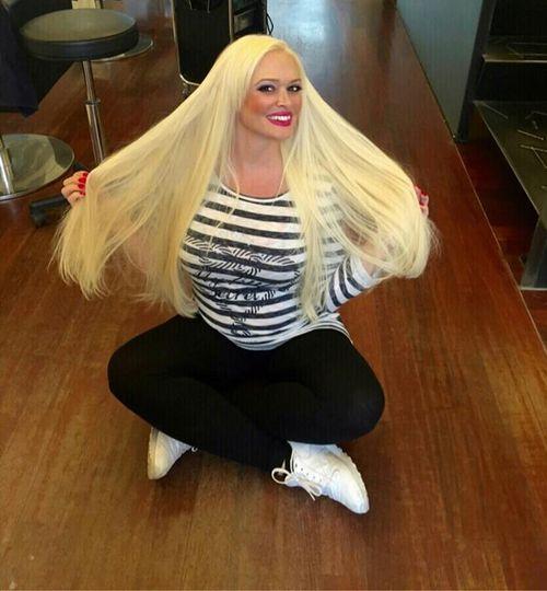 Daniela Katzenberger hat wieder lange Haare