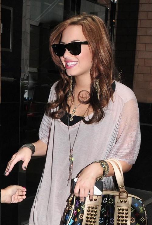 """Demi Lovato - Demi Lovato abandona la serie """"Sunny entre estrellas"""""""