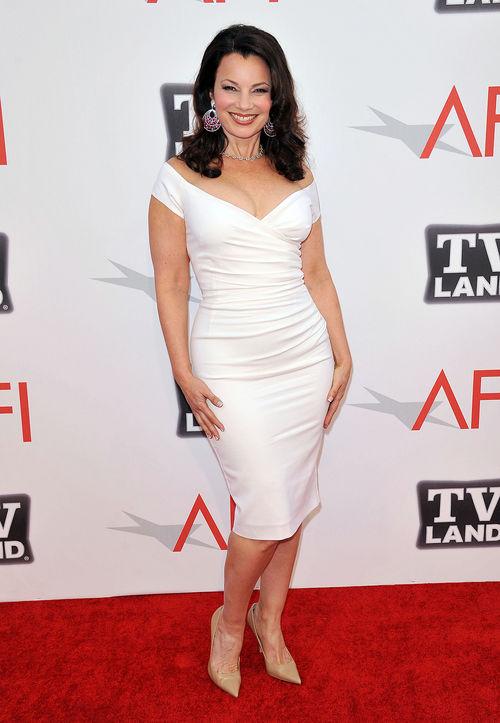 Fran Drescher sah toll in ihrem weißen Kleid aus