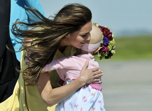 Herzogin Kate - Herzogin Kate trifft auf die krebskranke Di