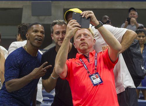 Jamie Foxx bekommt bei den US Open sein Selfie mit Boris Becker