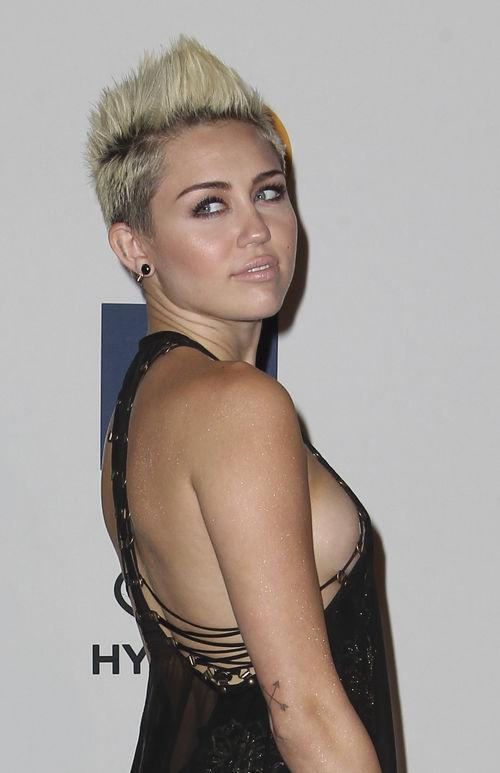 Miley Cyrus ist momentan ziemlich sauer auf ihren Verlobten
