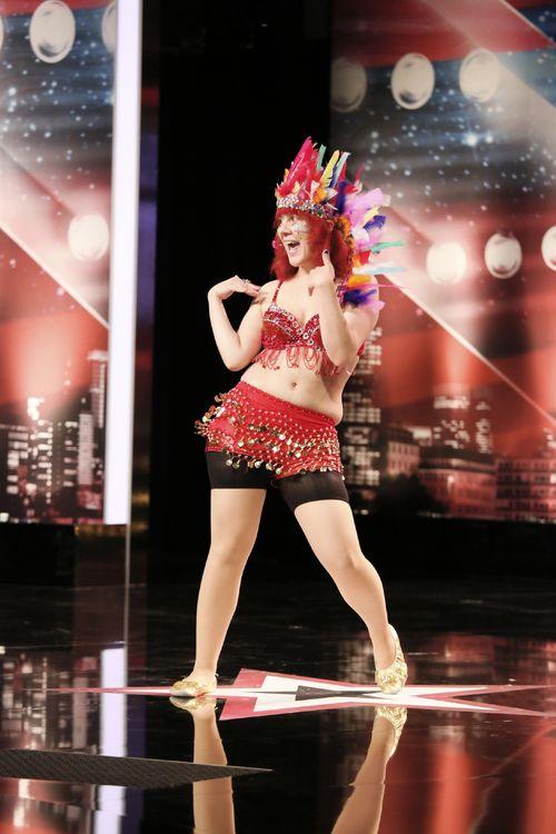 """""""Supertalent""""-Kandidatin Barbara präsentierte sich talentfrei auf der Bühne"""