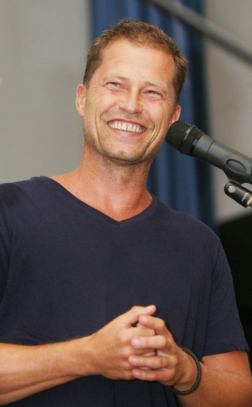 Til Schweiger hat 2 Tonnen Nutella an die Front geschickt