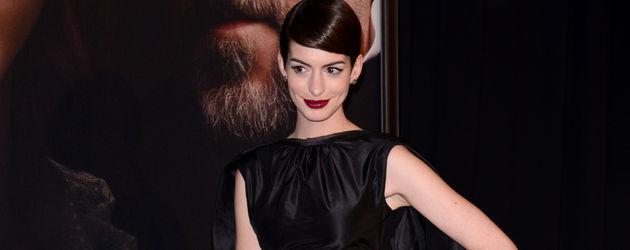 Anne Hathaway in Bonadagestiefeln