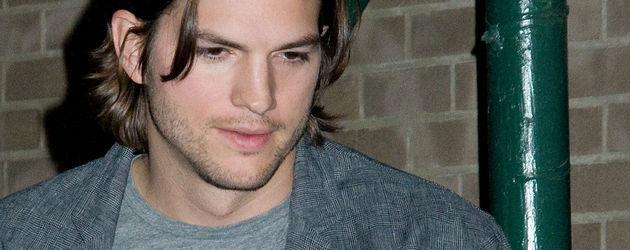 Ashton Kutcher unterwegs