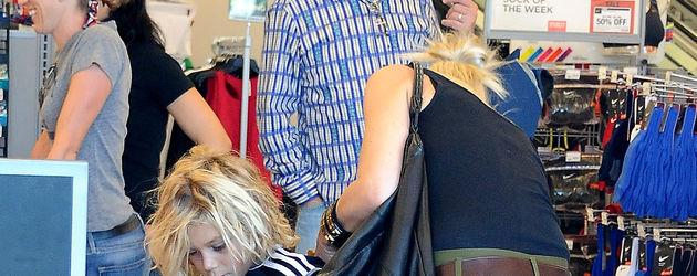 Gwen Stefani von hinten