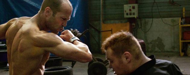Jason Statham mit nacktem Oberkörper