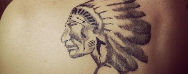 Justin Bieber mit Indianer-Tattoo