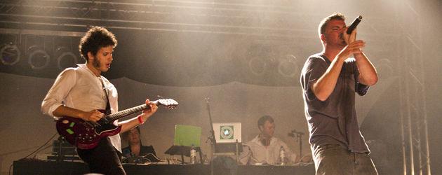 Marteria performt auf der Bühne