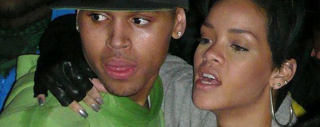 Rihanna hängt an Chris Brown