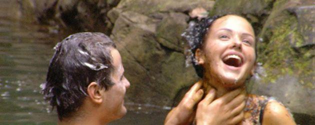 Rocco Stark und Kim Debkowski baden zusammen