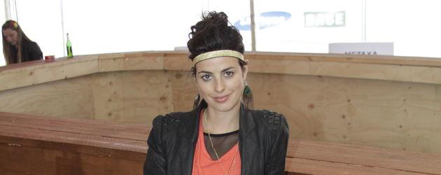 Sarah Mühlhause mit Federkette