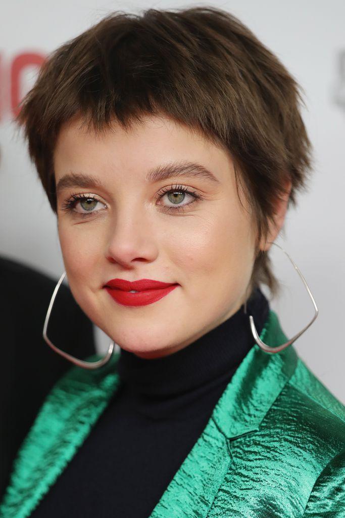 Komplett Neuer Look Jella Haase überrascht Mit Pixie Cut
