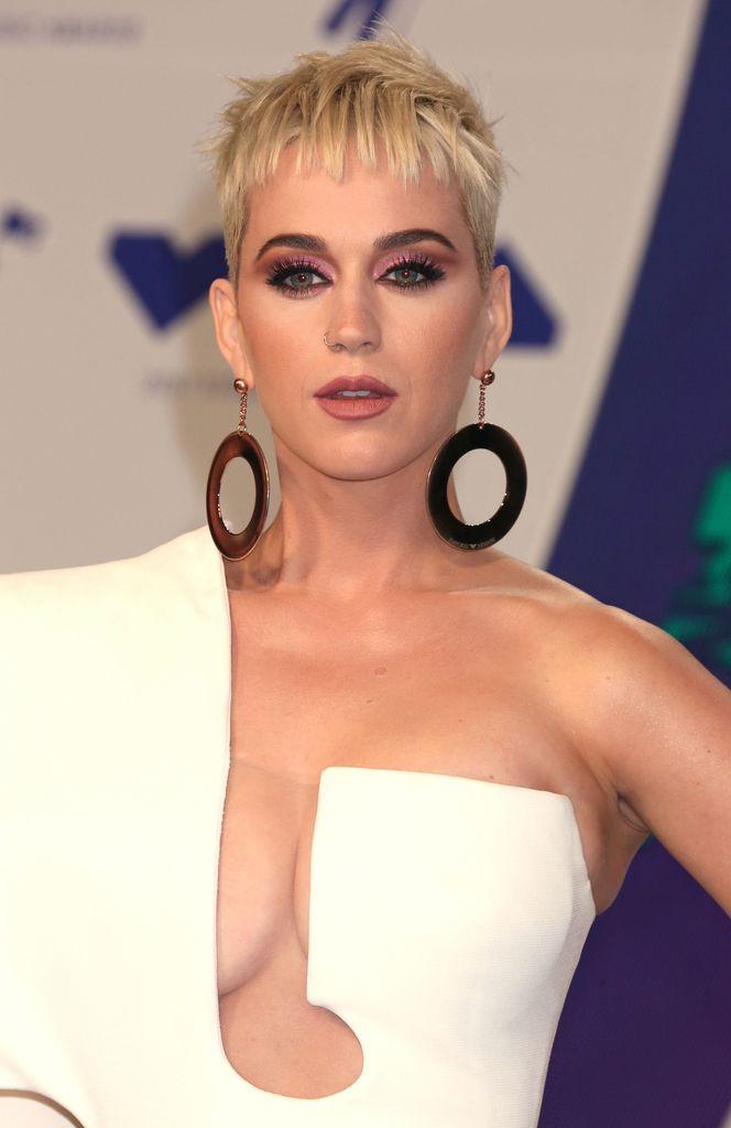 Katy Perry Frisur 2017 Yskgjt Com