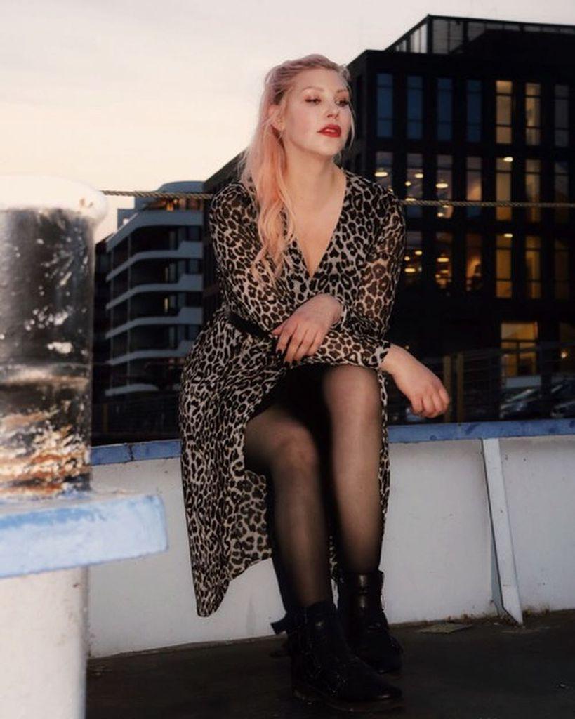 Maack nackt laura Laura Lion