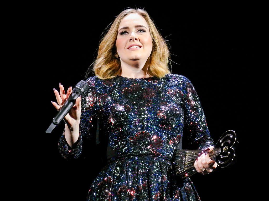 Adele Adkins bei einer Performance in Birmingham