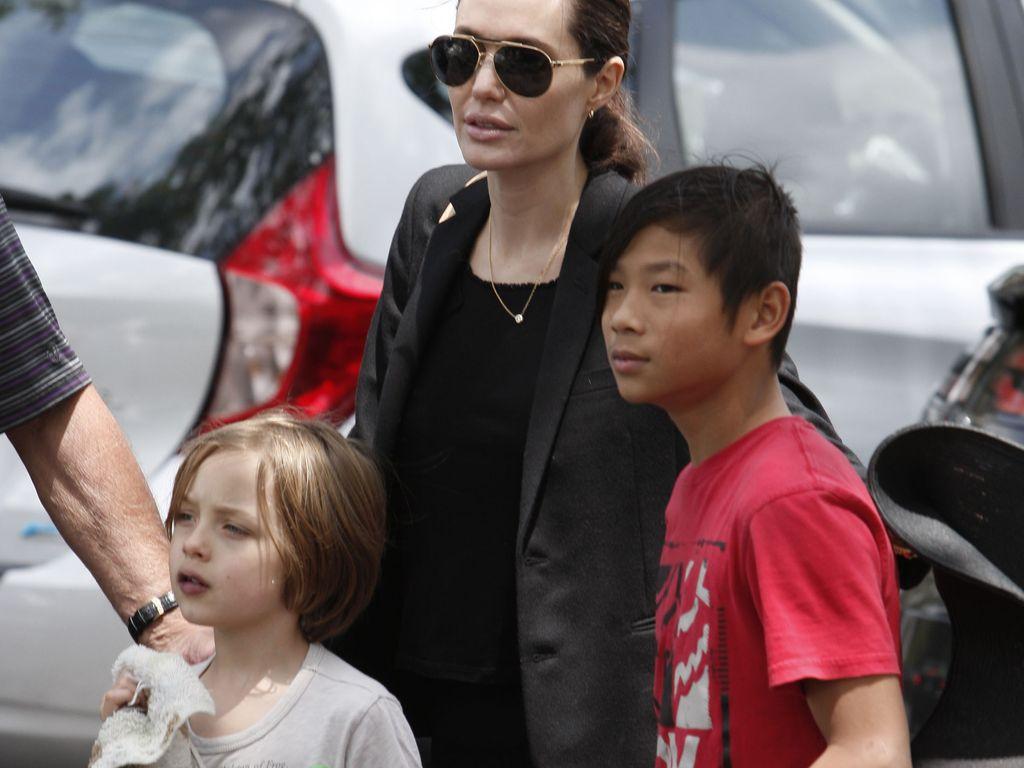 Angelina Jolie, Knox Jolie-Pitt und Pax Thien Jolie-Pitt