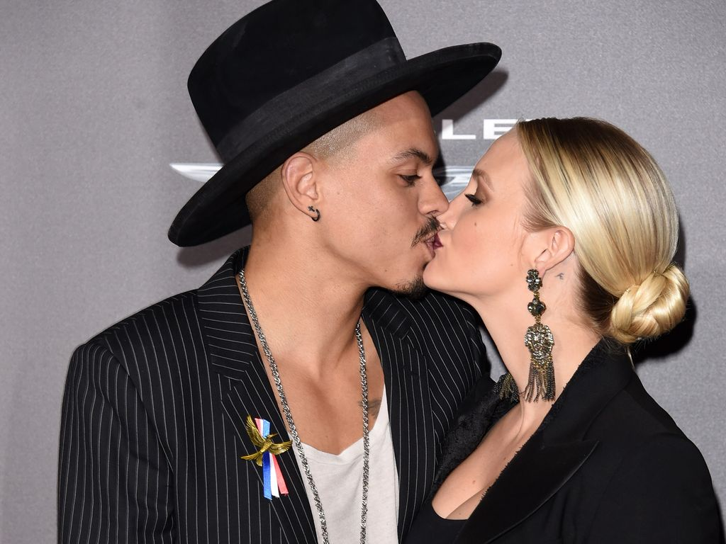 "Ashlee Simpson und Ehemann Evan Ross bei der ""The Hunger Games: Mockingjay - Part 2""-Premiere in Los"