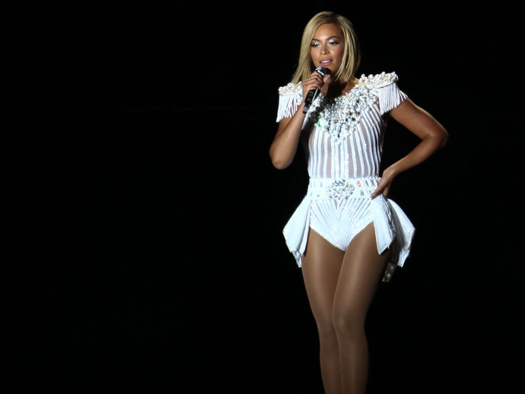 Fans bitten Beyoncé: Geh nicht zu Kimyes Hochzeit!  Promiflash.de