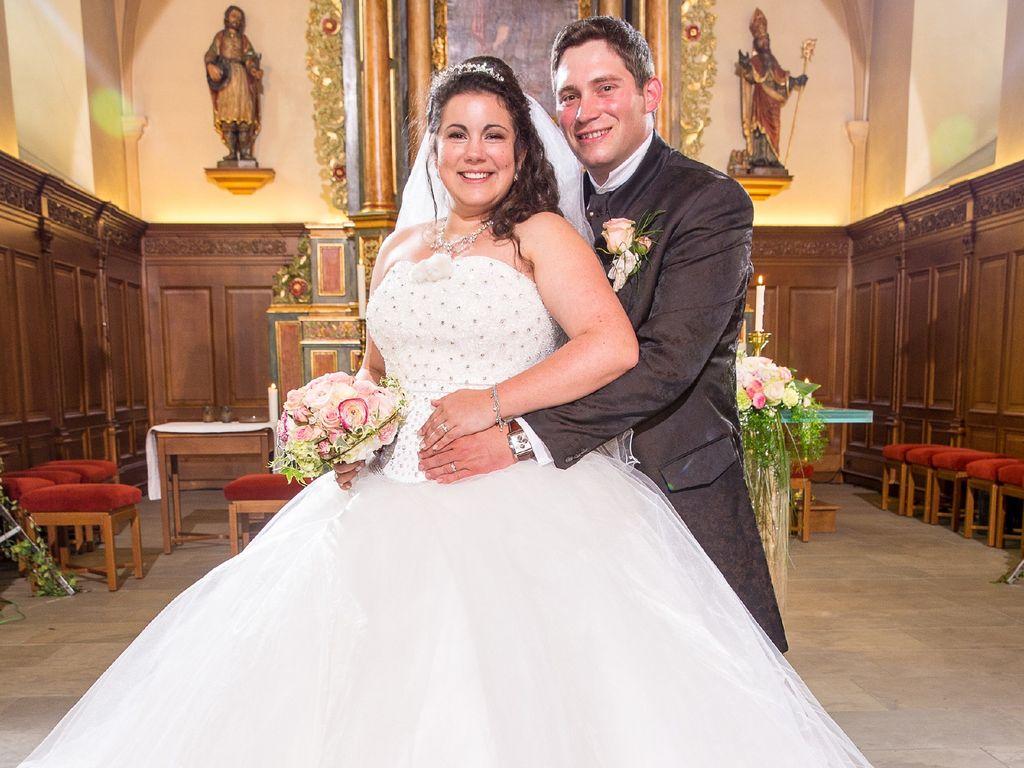 """""""Bauer sucht Frau"""": Victoria und Guy bei ihrer Hochzeit"""