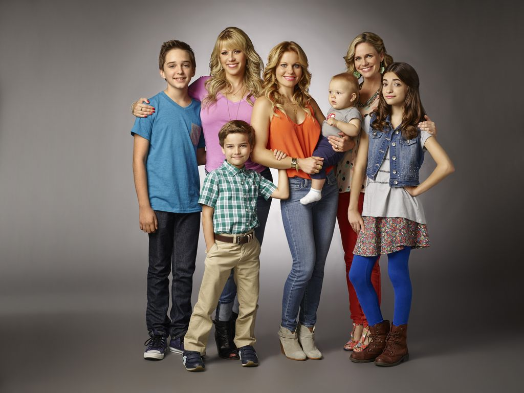 Candace Cameron Bure, Jodie Sweetin, Andrea Barber, Soni Bringas, Michael Campion, Elias Harger