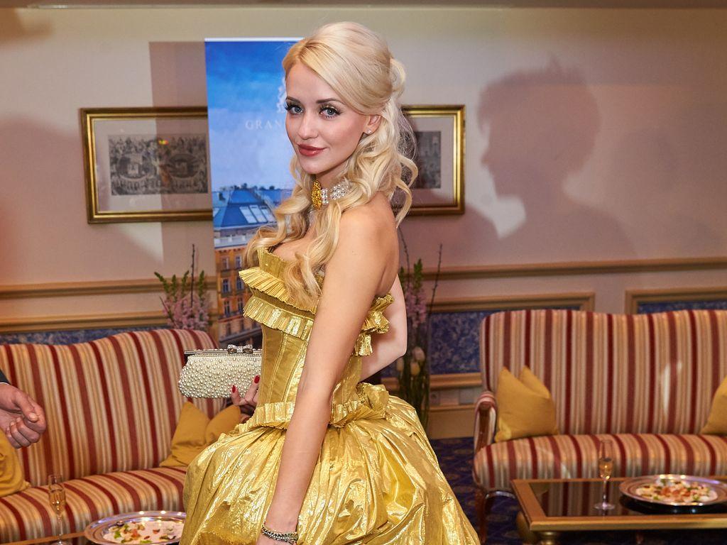 Cathy Lugner beim Opernball in der Staatsoper 2016 in Wien