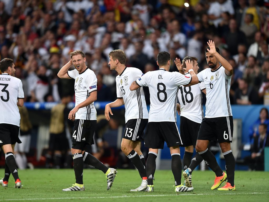 Torjubel bei der deutschen Nationalmannschaft bei der EM 2016