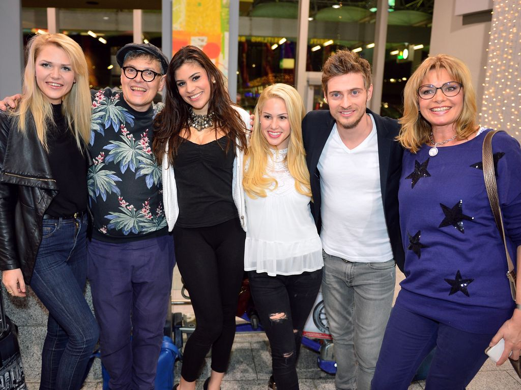Tanja Tischewitsch, Angelina Heger, Maren Gilzer, Sara Kulka und Rolf Scheider