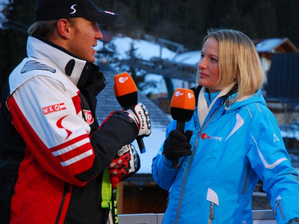 Skistar Hermann Maier und ZDF-Moderatorin Jana Thiel beim Ski-Weltcup in Alta Badia 2007