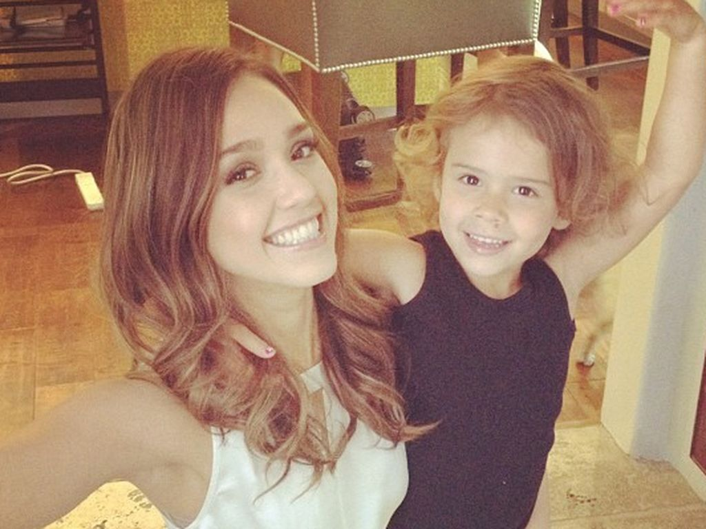 Jessica Alba in Ballett-Pose mit Tochter Honor