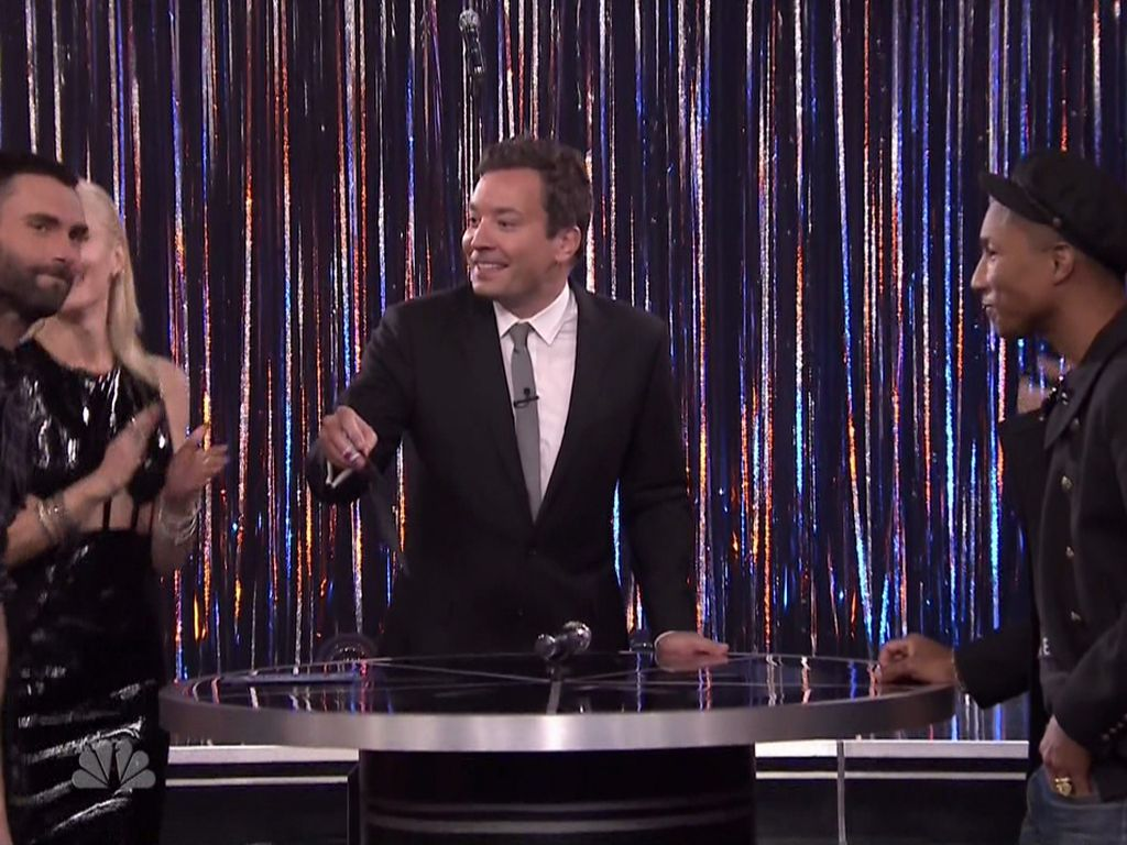 Gwen Stefani, Blake Shelton, adam levine, Jimmy Fallon und Pharrell Williams